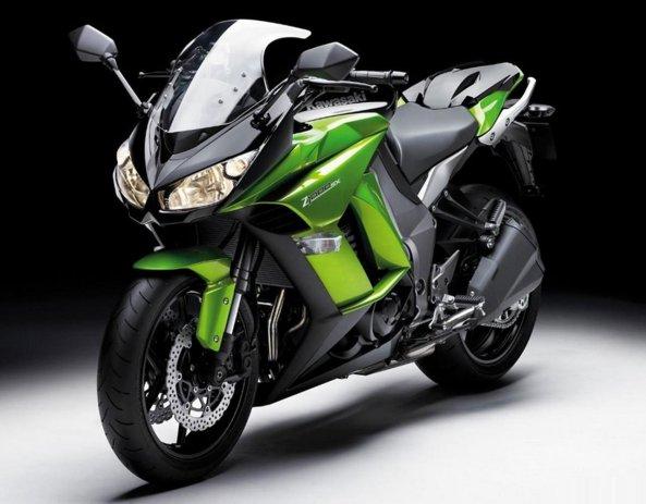Kawasaki-Z1000SX 8