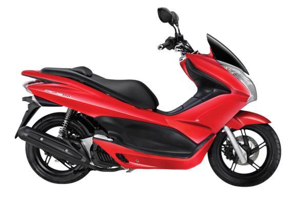 15062012.PCX-150---Luxury-Red