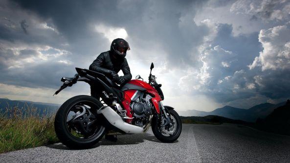 racer-clouds-road-motorcycle