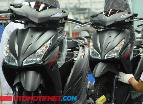 warna-baru-Honda-Vario-CW-eSP-1