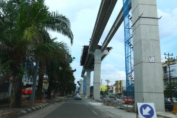 Jalur LRT Palembang dalam tahap pengerjaan